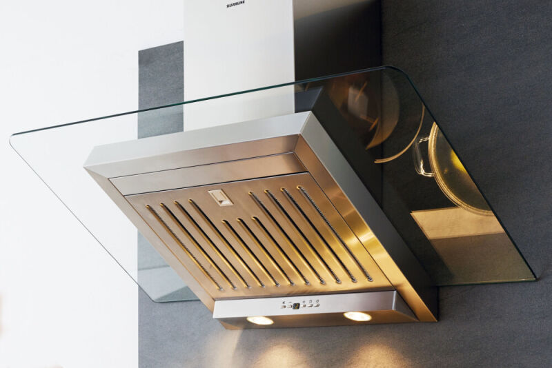 Hotte cuisine murale silverline atika inox et verre 60 cm for Aspiration hotte cuisine