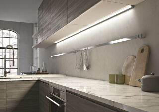 LUISINA - Flash - Réglette LED 8W à poser coloris Aluminium - 450 mm