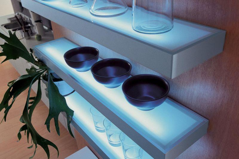 luisina mitaka tablette lumineuse fluorescente 600 mm achat vente luisina zen tl13 005. Black Bedroom Furniture Sets. Home Design Ideas
